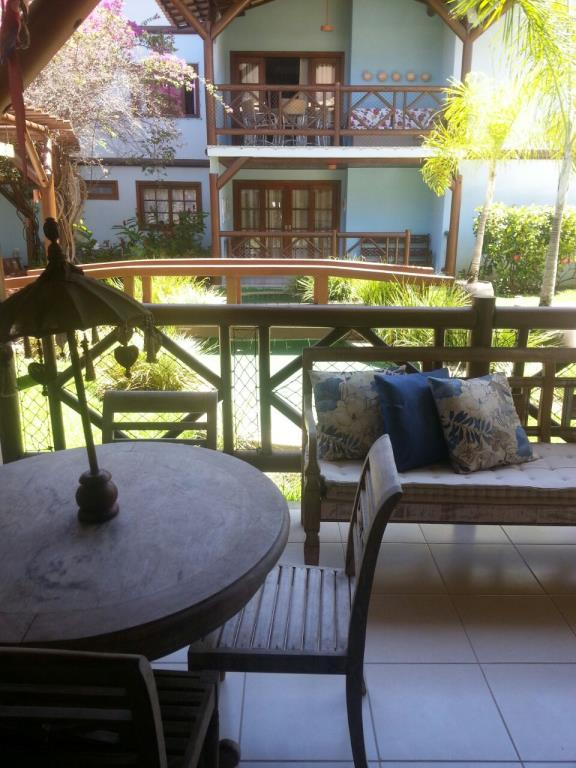 Partly furnished apartment praia do forte for sale for Garage seat pau