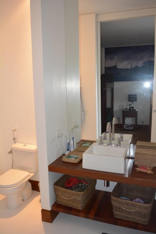 Casa Alto Padrão Em Condomínio De Luxo 12