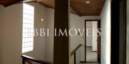 House With 03 Rooms In Condominium 3