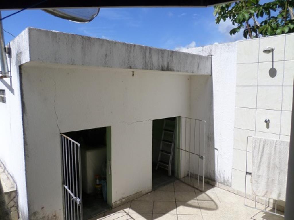 Casa Com 4 Quartos E 2 Salas Amplas 3