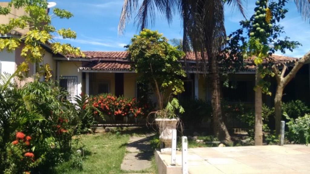 Casa con giardino, piscina In Quartiere Noble 3