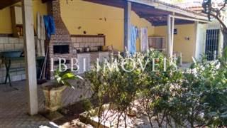 Casa Com Lindo Jardim, Piscina Em Bairro Nobre 6