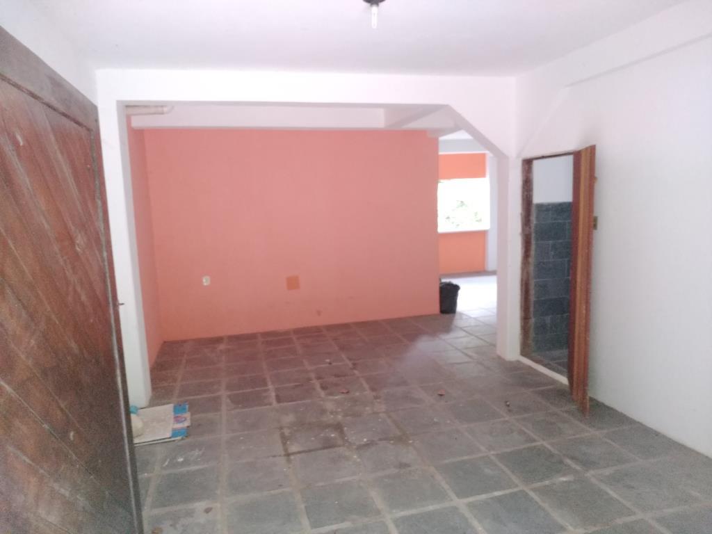 Casa Con Punto Commerciale 11