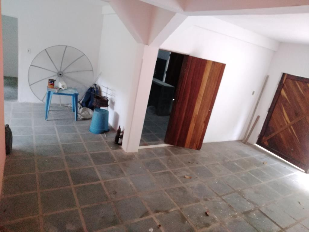 Casa Con Punto Commerciale 10