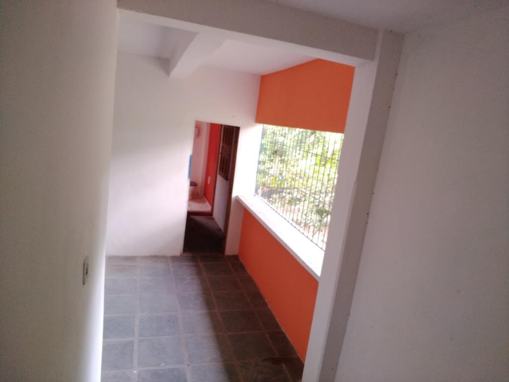 Casa Con Punto Commerciale 12