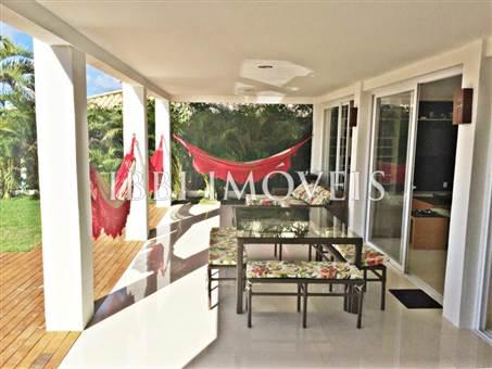 Casa De Luxo Situada Em Um Dos Condominios Mais Procurado Da Regiao 4