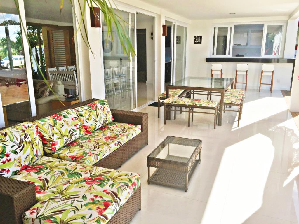 Casa De Luxo Situada Em Um Dos Condominios Mais Procurado Da Regiao 6