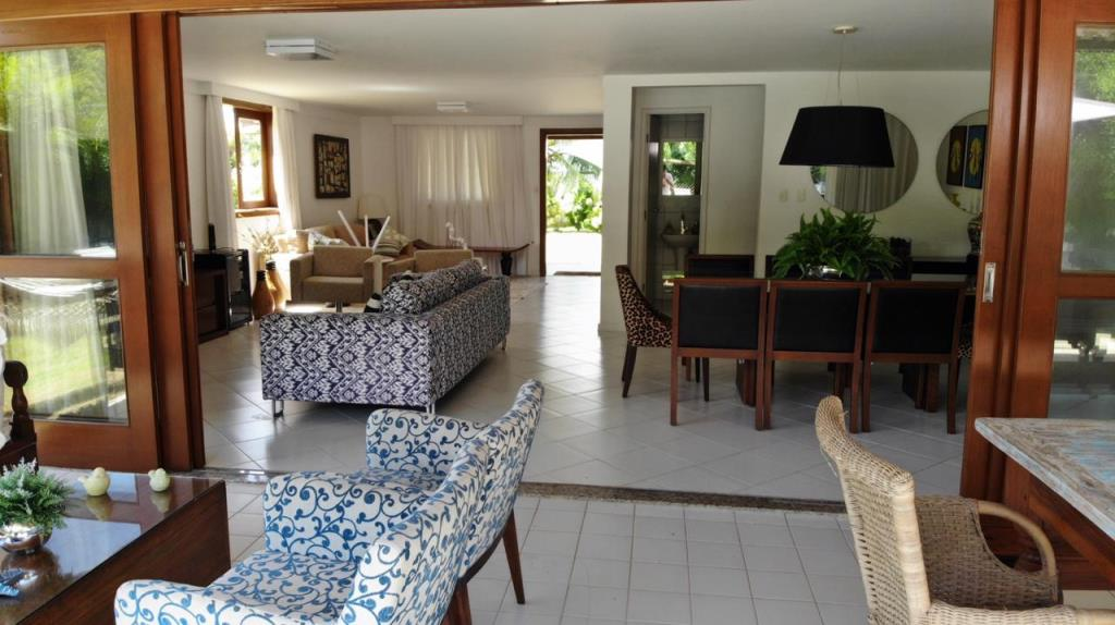 Spacious and Private House 6