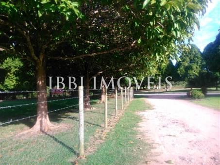 Chácara Em Local Nobre De Próximo Ao Aeroporto E Ao Condomínio Terra Vista Na Beira Da Pista Ba001 4