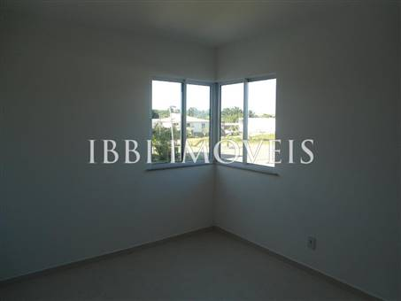 Charming home located in upscale condominium 5