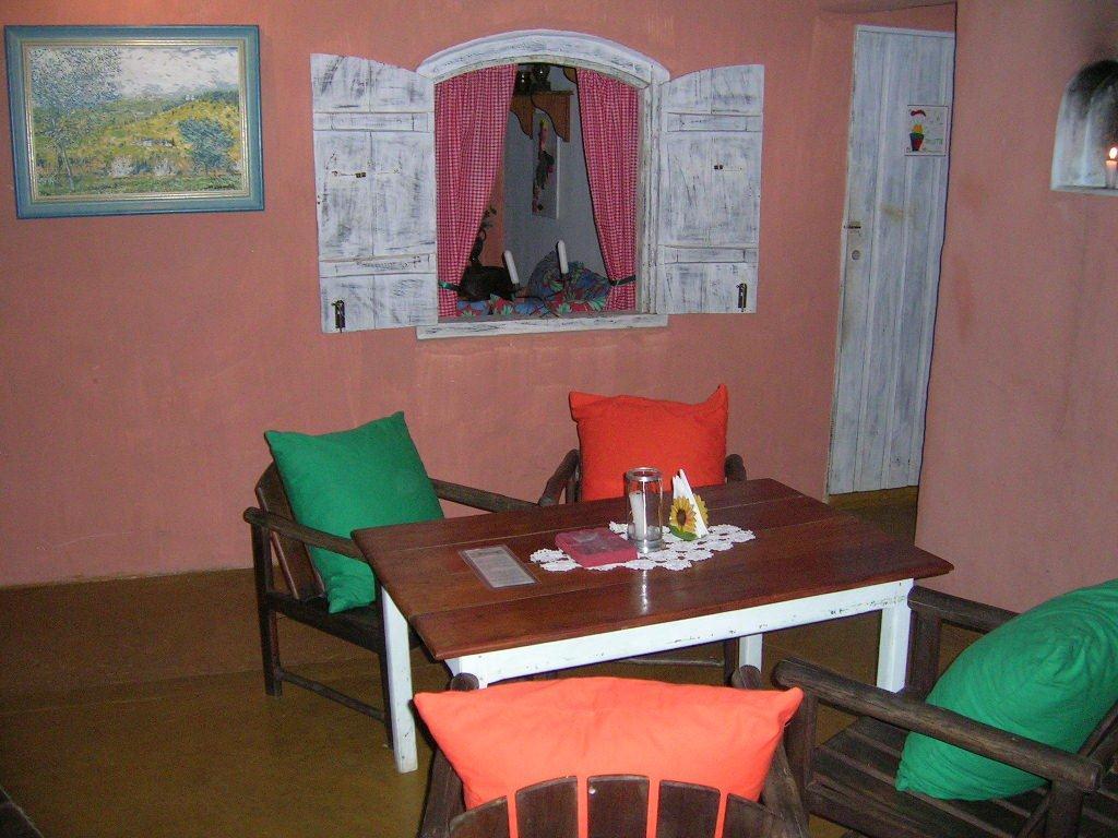 Lindo Restaurante Totalmente Equipado À Venda Em  9
