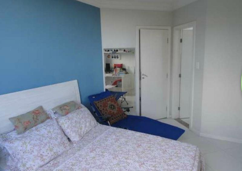 Casa triplex 4 quartos em Patamares 10