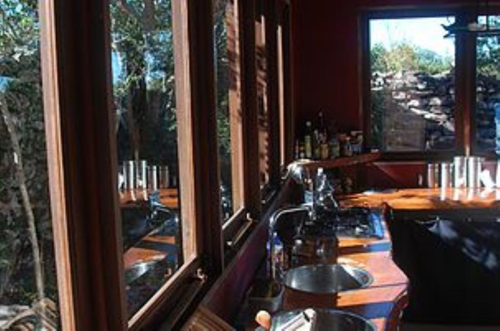 Eco House realizzato in un bellissimo e lussureggiante area nella Chapada Diamantina-Fogli 4