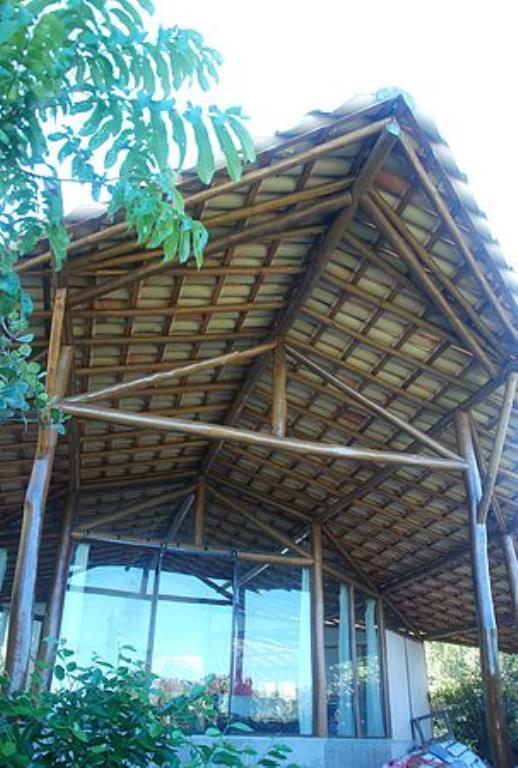 Eco House realizzato in un bellissimo e lussureggiante area nella Chapada Diamantina-Fogli 8