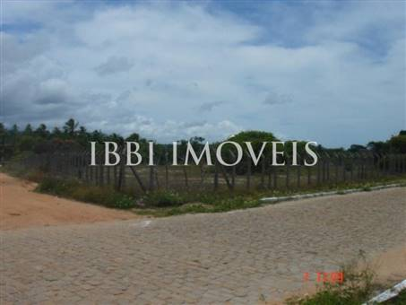 Land with 2.725m2 4