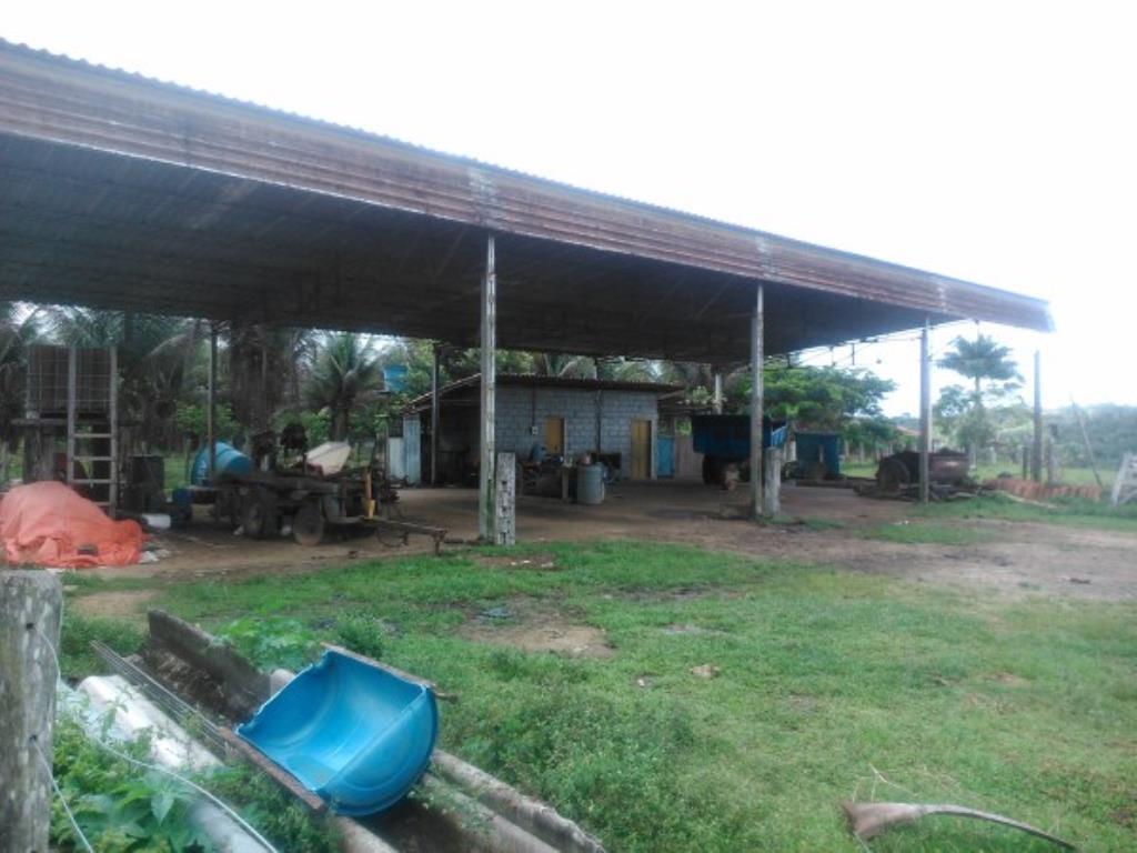 Fazenda Região De Com 5720 Ha Super Estruturada Para Pecuária; Rica Em Água Corrente E Com Várias Lagoas E Rio Com Barragens 4