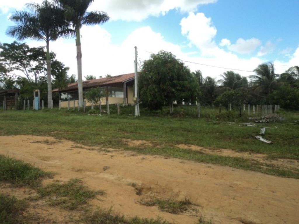 Fazenda Região De Com 5720 Ha Super Estruturada Para Pecuária; Rica Em Água Corrente E Com Várias Lagoas E Rio Com Barragens 8
