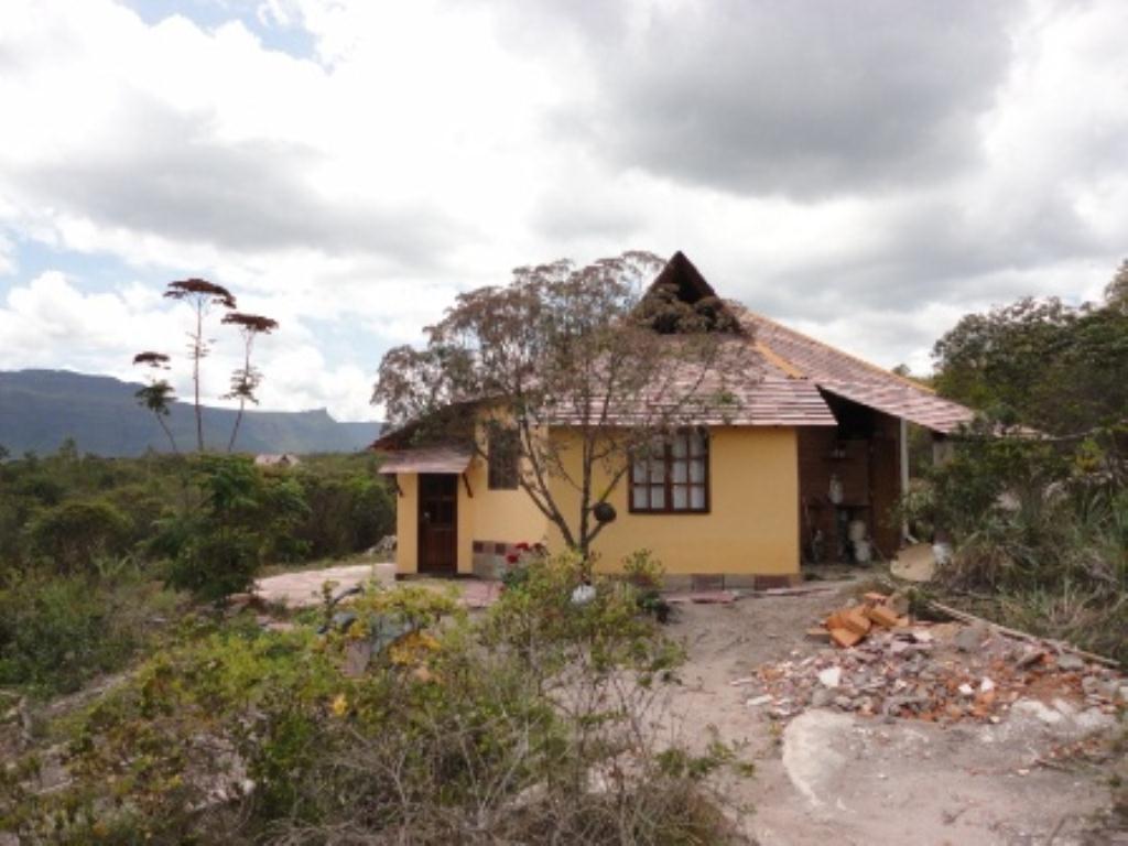 6 Casas com 23 Hectares 6