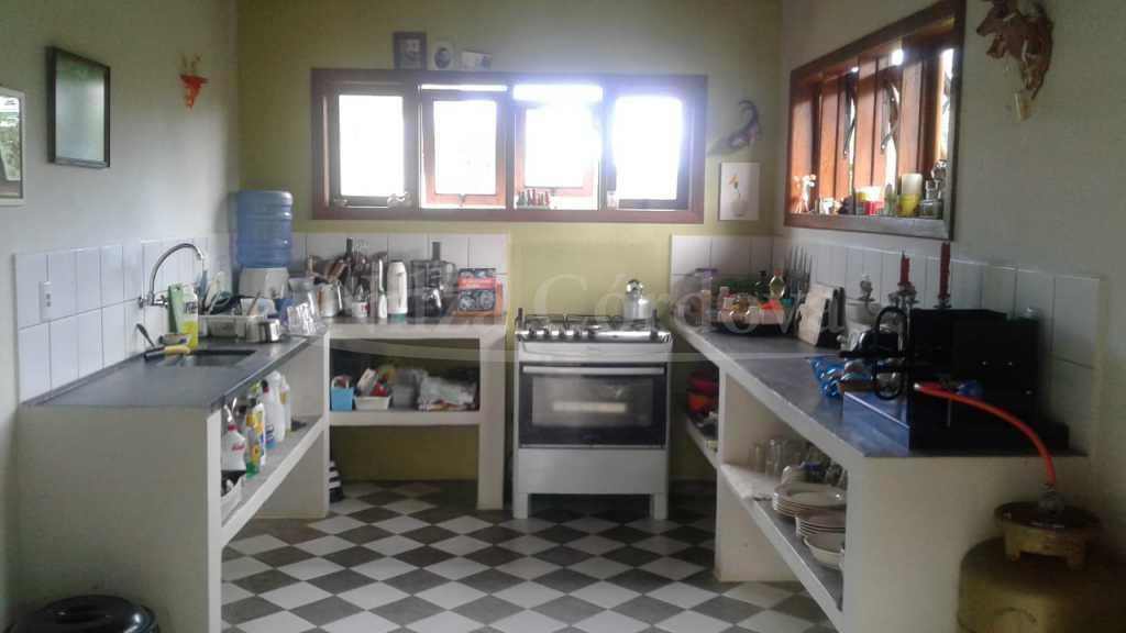 Linda Casa Em Bairro Arborizado. 4