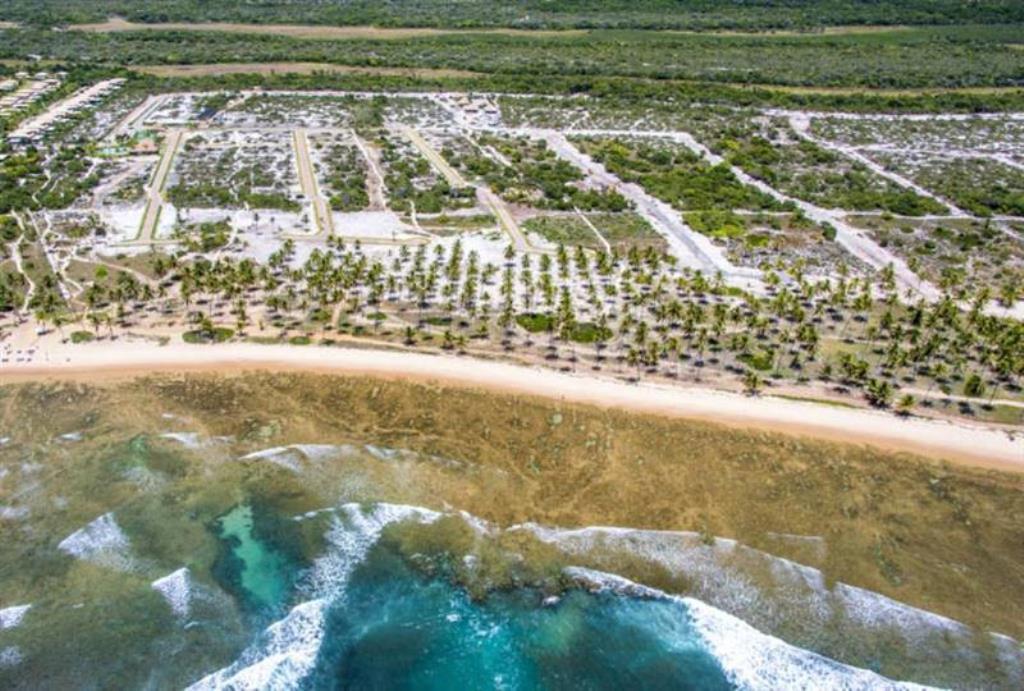 Lote Beira-Mar Piscinas Naturais 4
