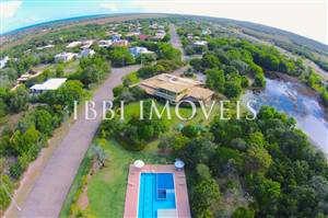 With 1000M2 lot Near The Club