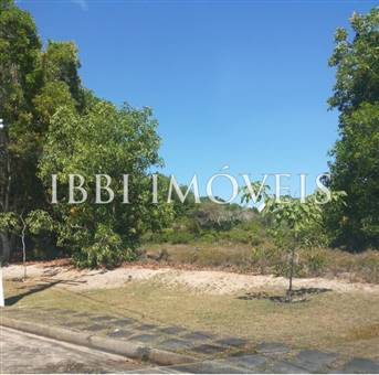 With 1025M2 Lot In Gated Community Of High Standard 1