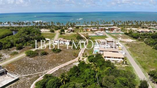 Plot in Exclusive Condominium and Beira Mar 1