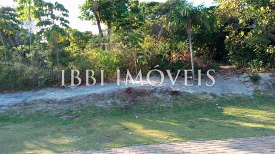 Plot in Exclusive Condominium and Beira Mar 3