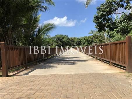 Plot in Exclusive Condominium and Sea Front 10