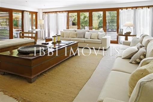 Casa Em Condomínio De Luxo 2
