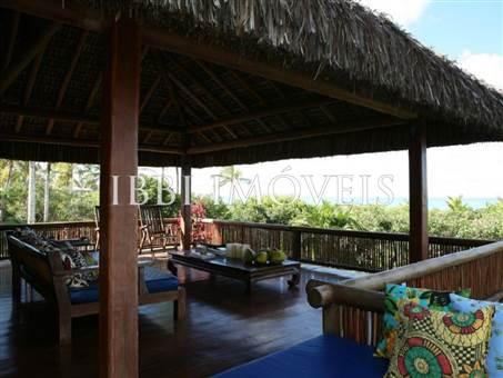 Wonderful High Luxury Property On The Beach 1