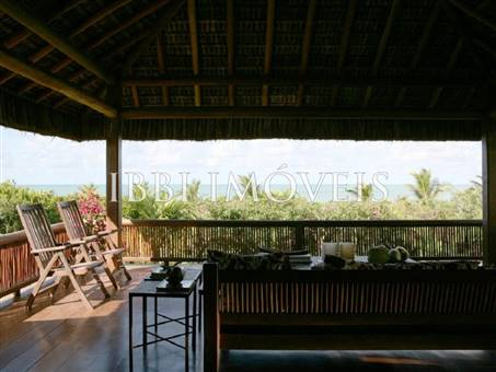 Wonderful High Luxury Property On The Beach 9