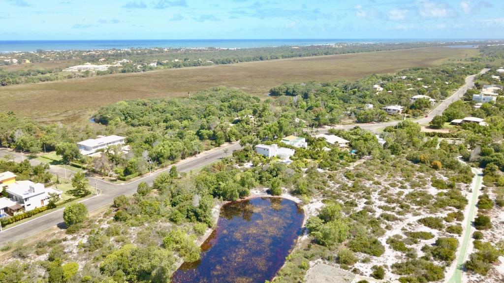 Terreno En comunidad cerrada con la infraestructura total 8