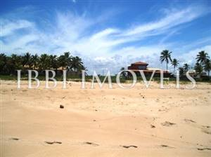 Beachfront Land With Incedible Views